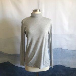 Ann Taylor Gray Long Sleeve Turtleneck T-shirt